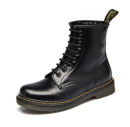 Venta al por mayor de 2018 Dr Fashion Botines de invierno / otoño para hombre Motocicleta Martin Boots hombres Snow Oxfords hombre zapatos tamaño 35-46