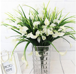 Wholesale New beautiful heads bouquet mini artificial calla with leaf fake plastic lily Aquatic plants home room Christmas decor flower GB137