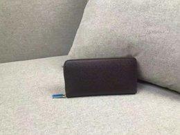 Vente en gros Portefeuille de luxe MB Hot Leather Men Wallet Longs portefeuilles MT bourse porte-carte portefeuille haut de gamme 60017