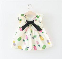 Vente en gros Robes pour enfants coréen Halter pour filles couleur unie Cartoon Ananas Imprimer bébé robes été nouvelle sans manches enfants