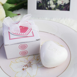 Chinese New Year Gift Pack Australia - Heart Shaped Scented Soap Wedding Favors Baby Shower Party Gifts Pink Gift Box Packing DHL free shipping