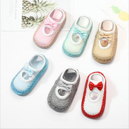 $enCountryForm.capitalKeyWord Australia - Newborn Baby Shoes Socks Children Infant Cartoon Bow Socks Kids Indoor Floor Slipper Sole Sole Non-Slip For 0-24M