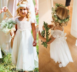 White boWs for Wedding dresses online shopping - Bohemia Lace Tulle A Line Flower Girls Dresses Short Sleeves Country Wedding Dresses for Kids Cute Long First Communion Dresses