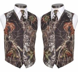 Chinese  2019 Custom Made Modest Camo Groom Vests Rustic Wedding Vest Tree Trunk Leaves Spring Camouflage Slim Fit Men's Vests 2 Piece Set (Vest+Tie) manufacturers