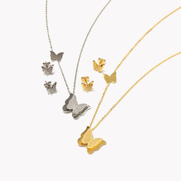 $enCountryForm.capitalKeyWord UK - Luxury Charms Necklaces Animals Stud Earrings Fashion Butterfly Pendant Necklaces Earrings Set High Quality Womens Gold Silver Jewelry Sets