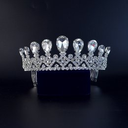 $enCountryForm.capitalKeyWord Australia - Shining Bridal Tiaras Rhinestone Crown Biger Stone Hair Accessories Princess Queen Crystal Tiaras Comb Headband For Women 02409