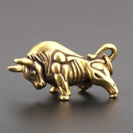 Venta al por mayor de ESTATUA DE COBRE Pure Brass Bull Solid Brass Transporte financiero Regalo creativo para el zodiaco Ganado Brass Brass Bull Pequeño adornos