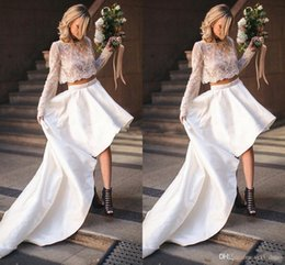 $enCountryForm.capitalKeyWord Australia - Chic Two Pieces Lace Stain Long Sleeves Country Beach High Low Wedding Dresses Appliques Wedding Gowns 2019 vestido de novia