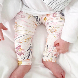 Toddler carToon TighTs online shopping - Ins hot sale Cartoon baby Harem Pants Newborn Trousers hats Toddler Casual Pants cotton Kids Leggings designer baby designer A5454