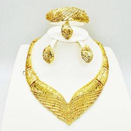 $enCountryForm.capitalKeyWord Australia - Nigerian fashion Jewelry Sets For Women Wedding Flower African Beads Jewelry Set Necklace Earrings dubai gold sets
