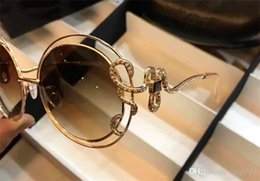 Diamond Uv Australia - Classic fashion designer sunglasses 1024 retro round metal frame Snake mirror legs with small diamond popular style uv 400 outdoor eyewear