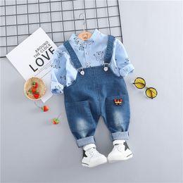 $enCountryForm.capitalKeyWord Australia - HYLKIDHUOSE 2019 Toddler Infant Clothes Suits Casual Style Baby Boys Clothing Sets Cartoon Shirt Bib Pants Kids Children Costume