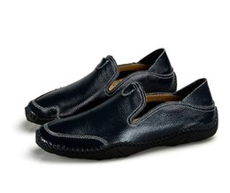 Loafer Moccasin Flat Shoes UK - Men's Loafers Moccasins Slip On Leather Genuine leather Casual Shoes Male Driving Black Flats Sneakers