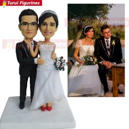 custom bobblehead UK - wedding cake topper man and woman rose gold Custom bobblehead mini love statue cheap bobble head by Turui Figurines sculpture
