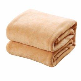 Vente en gros Confortable Super Doux Garder Au Chaud Flanelle Couverture Grande Taille Solide Couleur Home Canapé Literie Bureau Voiture Couverture Textile À La Maison