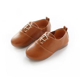 brown leather school shoes Canada - Genuine Leather Kids Shoes For Boys Girls Black Dress Children Loafers Big Child Peas Shoes Student School Style Kids Moccasins Rubber