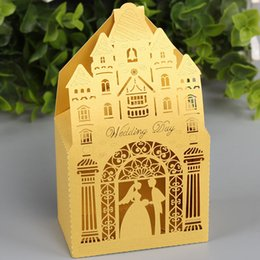 $enCountryForm.capitalKeyWord NZ - 50PCS  lot Royal Wedding Candy Design With Ribbon Luxurious Palace Marriage Gifts Boxes Decoration Festival Invitation Party