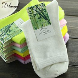 Wholesale 10pcs pairs Spring Autumn Fashion Brand Funny Women Socks High Quality Bamboo Fiber Casual Female Crew Socks Size SH190719