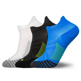 soccer dresses Australia - Short Sport Socks New mens Personality Design running socks man Sexy trend Dress Sock For Cycling Walking New Fashion