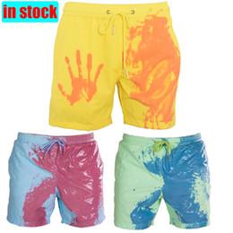 Venta al por mayor de Pantalones de verano decoloración Bañador mágico cambio de color de la playa de secado rápido pantalones cortos de baño cortocircuitos de la manera de Surf 2020 hombres