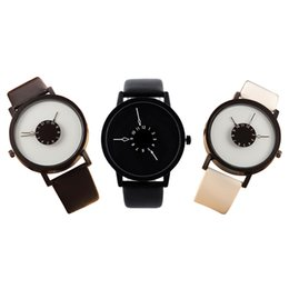 Chinese  1PC Fashion Couple Leather Strap Quartz Watch Unique Dial Design Wristwatches Clock Love Gift for Women Men manufacturers