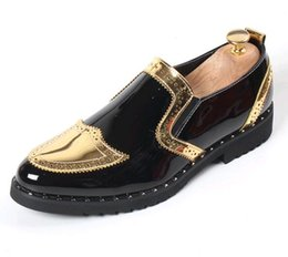 $enCountryForm.capitalKeyWord Australia - 2019 Embroidered Men's shoes patent leather loafers men Oxfords Wedding shoes pointed toes golden silver mens dress shoes SP18