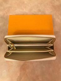 $enCountryForm.capitalKeyWord Australia - Factory Wholesale ! Fashion Women Zipper Pu Leather Zipper Wallet Lady Long Zip Wallets Ladies Purse Holders Come boxes Clutch Wallets
