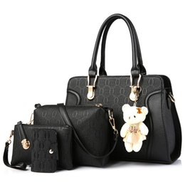 $enCountryForm.capitalKeyWord UK - New Women Handbag Single Shoulder Bag PU Leathers 4pcs set Bear Pendant Ladies Fashion High Quality Large Capacity Crossbody Bag