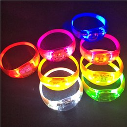 $enCountryForm.capitalKeyWord Australia - LED Flash Armband Sound Controlled Light Up Bracelet 9 Colors Music Voice Activated Glow Flash Bangle For Party Festival Concert Gift
