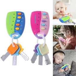 Wholesale Simulation Remote Control Car Key Toy Lighting Combination Music Baby Early Education Toys New Fashion Toys