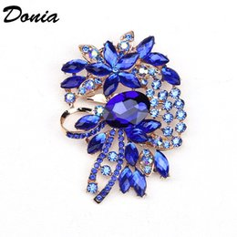 glasses brooch Australia - Donia jewelry European and American popular color Brooch geometry big glass Christmas Brooch gift Brooch coat scarf accessories