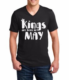 Screen King UK - V-Neck #2 Kings Are Born In May Shirt Birthday Gift For Men Dad Fathers Day Tee T-Shirt Men's Screen Printing Short Sleeve Thanksgiving Day