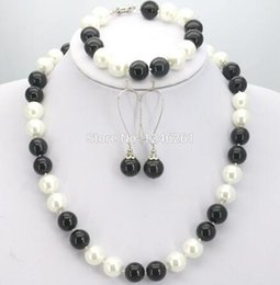coral beads for sale NZ - Hot Sale Christmas Gift Girls 10mm White&Black Glass Pearl Beads Necklace Bracelet Earrings Sets Jewelry Making Design For Women