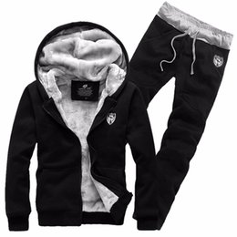 $enCountryForm.capitalKeyWord NZ - Brand Fashion Thick Velvet sporting suit men warm hooded tracksuit track Hoodie sweat suits set zipper black Sweatshirts