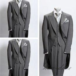 Immagini reali Taille di nozze Dim Grigio Trim Best Groomsmen Groom Wear Slim Fit British Plaid Abiti da sposa uomo Giacca + Pantaloni + Gilet