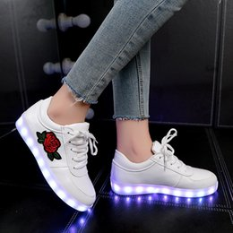 Flower boy For kids online shopping - Kids Luminous Sneakers For Girls Boys New Women Shoes With Light Led Shoes With Flower Glowing Sneakers Size Y190525