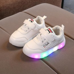 $enCountryForm.capitalKeyWord Australia - Spring Autumn LED Lighted Child Sneakers Cute Tennis Breathable Baby Girls Boys Shoes Lovely Kids Toddlers Glowing Sneakers