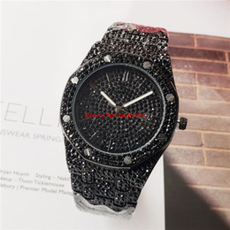 $enCountryForm.capitalKeyWord Australia - Brilliant diamond inlaid top brand series men watch, automatic date exquisite gift business casual party dinner party quartz watch 2019A