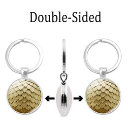 Beautiful Figure Women Australia - Simple and fashionable new accessories Beautiful double-sided glass dome pendant keychain Double-sided key chain small gifts wholesale