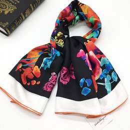 flower wrapping materials 2019 - New design good quality women's fashion square scarves 100% silk material print Flower butterfly size : 130cm - 130