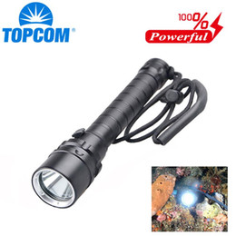 waterproof divers torch Canada - TOPCOM Diving Torch Underwater Powerful Diver Light Waterproof Hard Light 18650 Battery Lamp