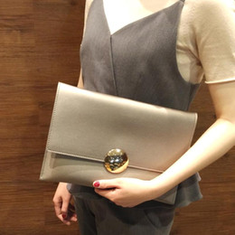 simple clutches for women NZ - gold clutch purse for women stylish simple large handbag sliver clutch with chain strap evening bag
