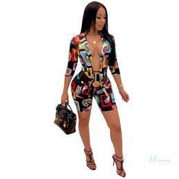 Frauen Paisley Blazer Shorts Set Damen 3/4 Hülsen-Mantel-Jacke mit Shorts Anzug Sexy Printed Maßanzug Partei-Verein-Tuch Set C61704 im Angebot