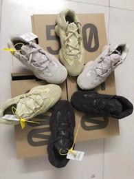 Venta al por mayor de Zapatillas de correr New Salt 500 Kanye West con estuche original 2019 Zapatillas de deporte para hombre Super Moon Blush de Desert Rat 500 Sport amarillo
