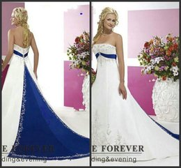 $enCountryForm.capitalKeyWord NZ - 2019 New Vintage Style Plus Size Wedding Dresses Silver Embroidery On Satin White and Royal Blue Floor Length Bridal Gowns Custom Made 1112