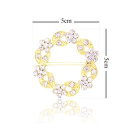 5CM (Inner Bar 3CM) Round Crystal Rhinestone Buckle Invitation Ribbon Slider  For Wedding Gold Accessories 12Pcs Lot 47eee8e10930