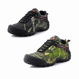 $enCountryForm.capitalKeyWord NZ - New outdoor hiking shoes Man Tactical Shoes wear-resistant waterproof camouflage Rubber thick bottom casual shoes free shopping