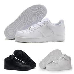 big sale 373b9 9986a 2018 Nike Air Force 1 Leather AF1 Neueste hohe Qualität gezwungen Männer  niedrige Schuhe Mesh Atmungsaktiv ein Unisex 1 stricken Euro Herren Damen  Designer ...