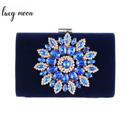 $enCountryForm.capitalKeyWord NZ - Flower Rhinestones Purse and Handbags Red Blue Black Chain Shoulder Bags for Women Wedding Clutches Elegant Crystal Clutch Bag