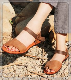 $enCountryForm.capitalKeyWord Australia - Summer New woman fashion shoes chain style slippers sandals best quality High-top Beach Flip Flops Leather ladies with Box size 35-41 1067